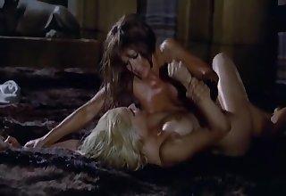 The Amazons - 2nd fight - Nude Female Fight - Alena Johnston vs Sabine Sun